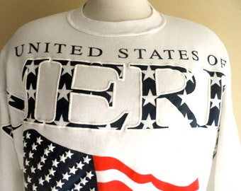 Go U.S.A. vintage 90's United States of America puffy print white fleece red white blue US flag graphic sweatshirt crew neck made in usa xl