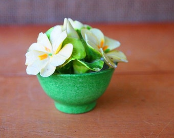 Porcelain Pansy Flower Arrangement in Pale Yellow