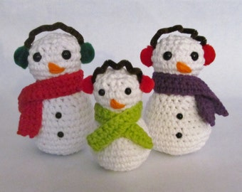 CROCHET PATTERN: Amigurumi Snowman family - stuffed toy - holiday decoration - permission to sell finished items - digital download