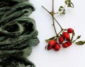 1 oz (28g) Mulberry Silk Roving Fiber FOREST GREEN