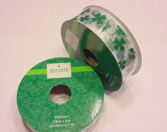 9 feet of green and white glitter shamrock ribbon ( A2)