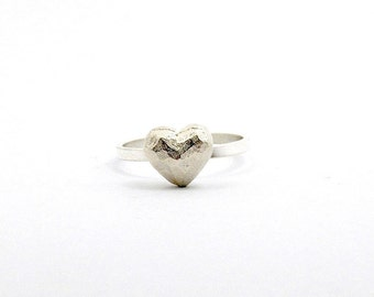 Tiny Heart Ring in Silver / Puffy Heart Ring