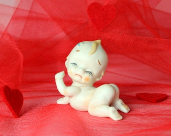 Crying Kewpie figurine. Valentines gift. Ivory bisque porcelain hand painted. 50s 60s  Vintage collectible. Baby figurine. Girlfriend gift