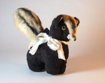 Vintage Personality Pet Skunk