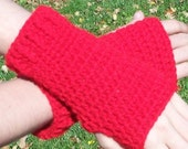 crocheted handwarmers (red)