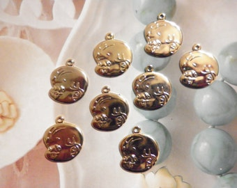 8 Goldplated 18mm Baby Face Charms