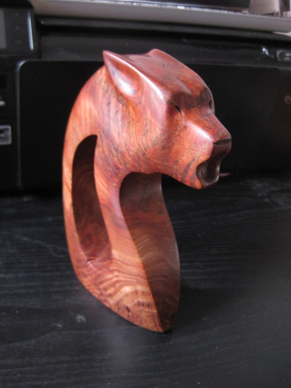 Howling wolf carving wood statue by