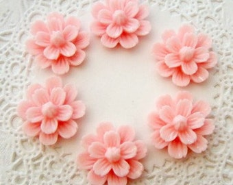 Pale Pink Delicate Resin Flower Cabochons 20mm Embellishments - 6