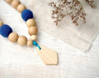 Blue teething necklace,Nursing necklace,Wooden teether toy,Mommy Jewelry,Breastfeeding necklace,teething jewelry,Wooden Baby Necklace,