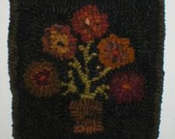 PrimiTive Folkart 5 Penny Flower Hooked Rug Picture Rug