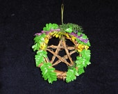"Mini (2"")  Fern & Flower Grapevine Pentacle"