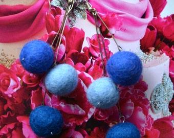 Felt Balls Earrings - Blue