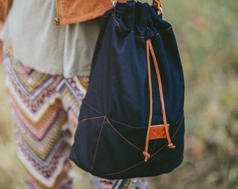 Navy blue, cotton bucket bag BEETLE / natural leather strap
