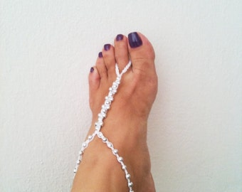 wedding Silvery colored beads whit white macrame Anklet,sold in single, Nude shoes, Foot jewelry, Maid of Honor Gifts,Yoga, bridesmaid