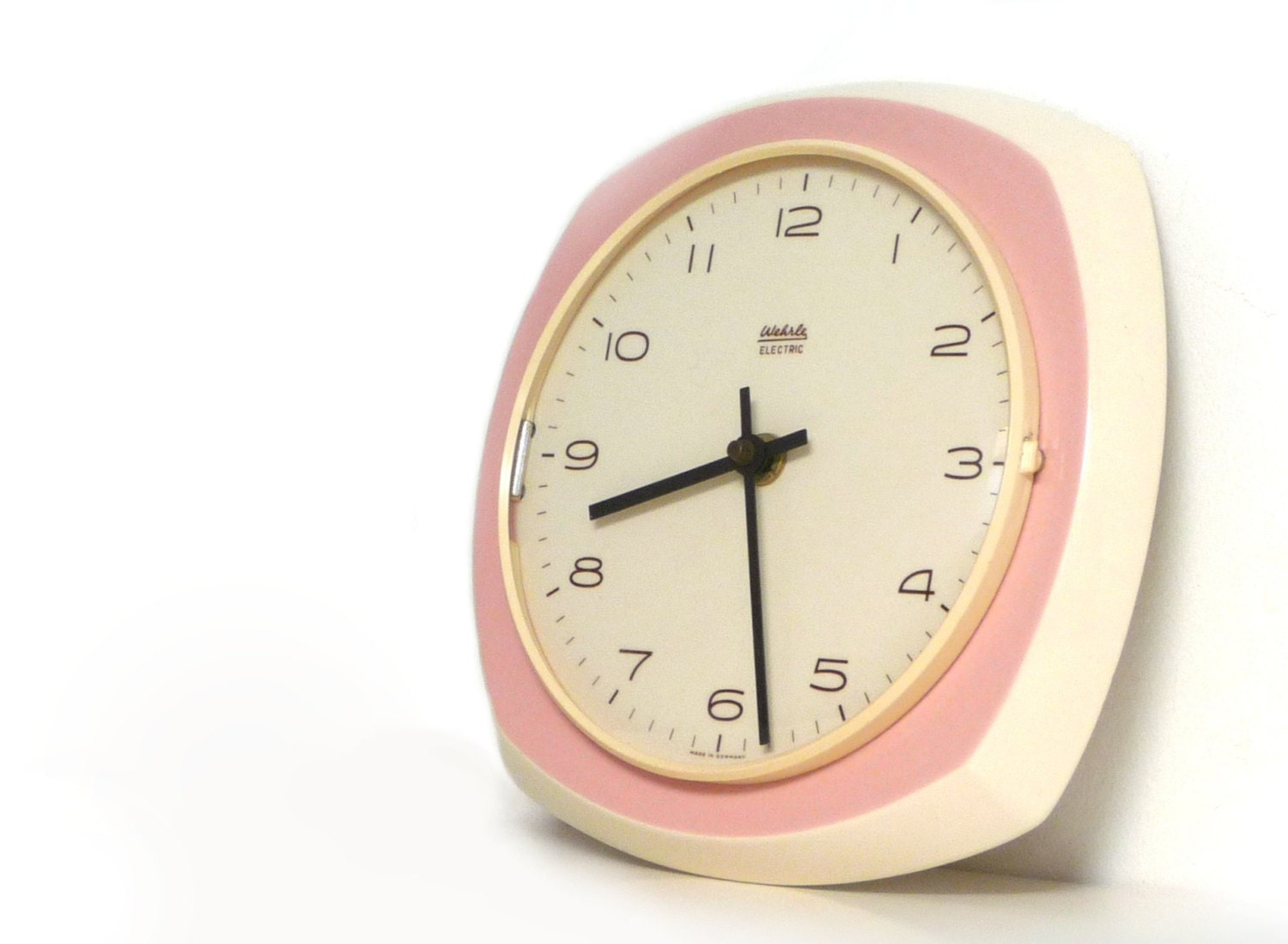 Vintage ceramic wall clock Kitchen wall clock pink and white