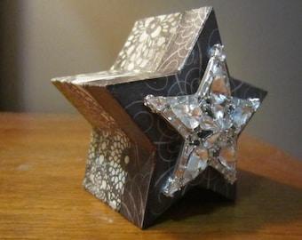 Decoupaged Wooden Star Jewelry Trinket Box Magnetic Lid Star Rhinestone Brooch Engagement Ring Box