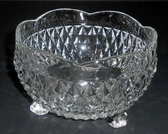 Vintage Bowl,  Clear Glass Bowl, Diamond Pattern, Shabby, Candy Dish, Footed