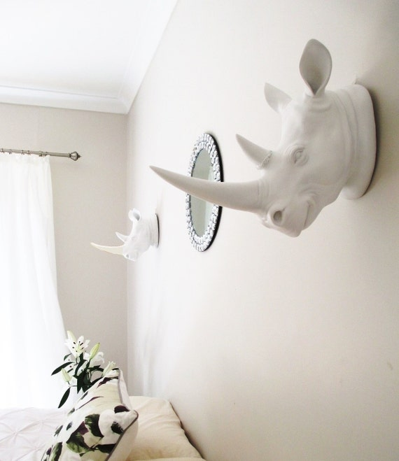 Animal head taxidermy white rhino faux white by hodihomedecor - Faux oiseaux decoration ...