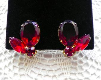 Vintage Brilliant RED RHINESTONES  c.1960 Clip Earrings
