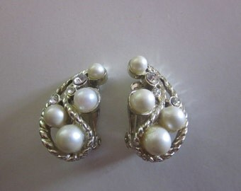 SALE Vintage Hobe Pearl, Rhinestone and Silver Clip On Earrings, Bridesmaid, Bridal, Birthday, Anniversary, Designer Gift For Her