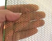 Art de polichinelle de minuscules étoiles dorées pochoirs brillant métallique Punchinella Extra large Sequin Trim déchets pour les artistes de Mixed Media