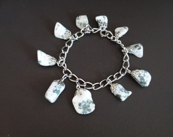 Polished White and Green Natural Stone Bracelet on a Silver Tone Setting