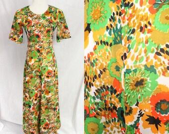 Floor Length 1970s Asian Short Sleeve Garden Party Earth Tones Print Dress Gown Small Medium