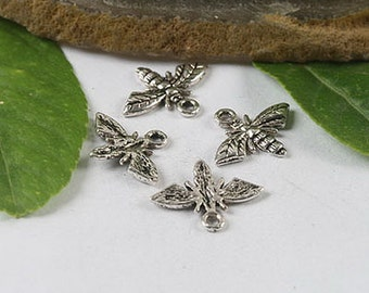 30pcs Tibetan silver crafted bee charms h0446