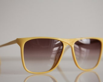 Vintage 1990's Yellow Frame, Gradient Gray-Red Lenses