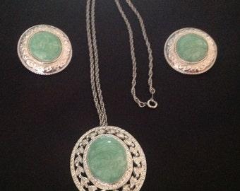Vintage Mint Green Swirl Cabochon Filigree Necklace & Earring Set
