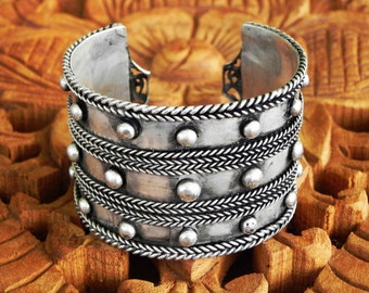 Tribal Dragon Cuff Vintage Hill Tribe Silver Hmong Tribal Cuff Bracelet