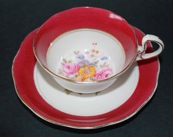ROYAL ALBERT Crown China Teacup and Saucer Set  1927 - 1935