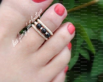Stacking Toe Ring - Black Stones - Frosted Apricot - Stretch Bead Toe Ring
