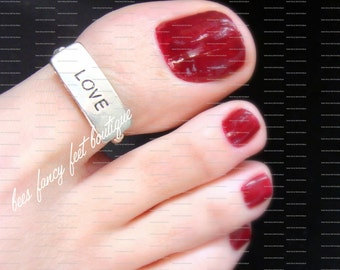 Big Toe Ring - Love - Silver Text Bead - Stretch Bead Toe Ring