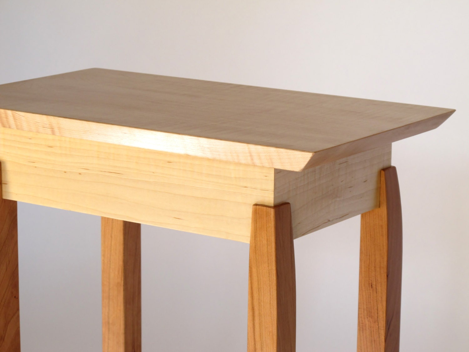 Narrow End Table: Tiger Maple & Cherry Accent Table Small End