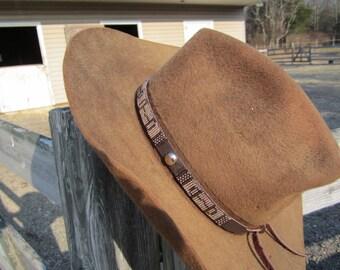 Loom beaded hatband