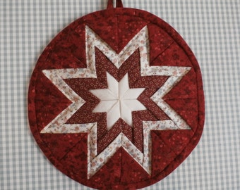 Two kitchen wall hanging or potholders, made to order in the color or colors of your choice.  Sold in pairs.