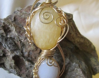 Aragonite and quartz dual wire wrapped cabochon pendant
