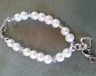 White pearl lung cancer awareness bracelet