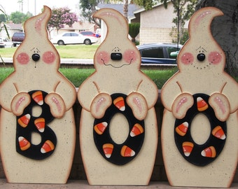 BOO Ghostly Trio Wood Yard Art - Halloween Ghost Outdoor Decoration - Ghosts with Candy Corn