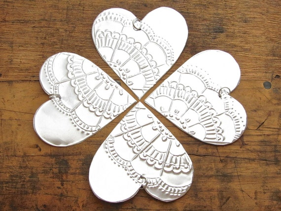Embossed metal heart ornaments christmas decoration by