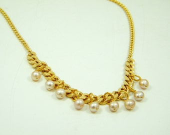 Gold pearls necklace, Pearl necklace, Bridesmaid necklace, Bridal necklace, Wedding necklace, Gold plated necklace, Statement necklace