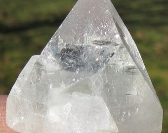 Amazing Large APOPHYLLITE Pyramid Point Crystal (#1) Crystals & Minerals- Quartz-Gems Stones Rocks-Reiki, Magick, Wicca
