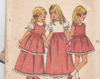 Simplicity 5383 Vintage Pattern Girls  Dress and Pinafore  Size 4
