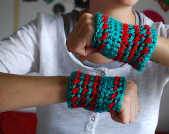 Turqouise and Red Crochet Fingerless Gloves/ Crochet Gloves/Winter Wear/ Cute Fingerless Gloves