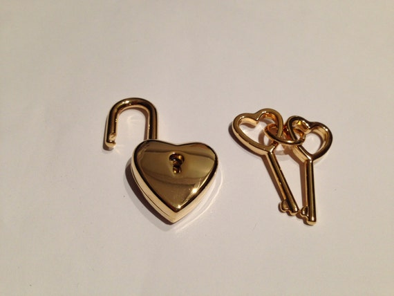 New Cute Heart Shape Golden Colour Pad Lock And Key 38mm