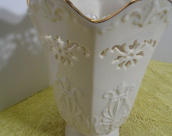 Vintage Lenox Vase Planter Peirced Off White Gold Lace with Scallop Edge  USA