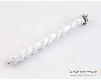 READY TO SHIP Wedding Bridal Guest Pen Simple Style Custom Pen with a Sparkly Brooch in White
