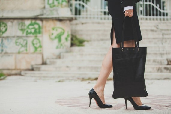Black Leather Tote Bag, Luxury Black Minimal Full Grain Leather Bag, Business Tote Bag, Office Bag, Shoulder bag, Tote Bag, Leather Pouch,