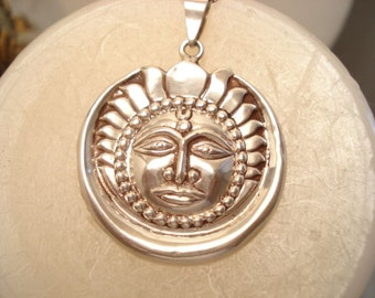 "Vintage Sterling Sun Face Pendant On Sterling 20"" Chain"